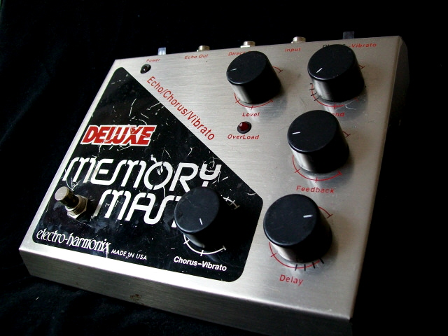 Electro-Harmonix Deluxe Memory Man – classic chassis (Analogue Delay ...